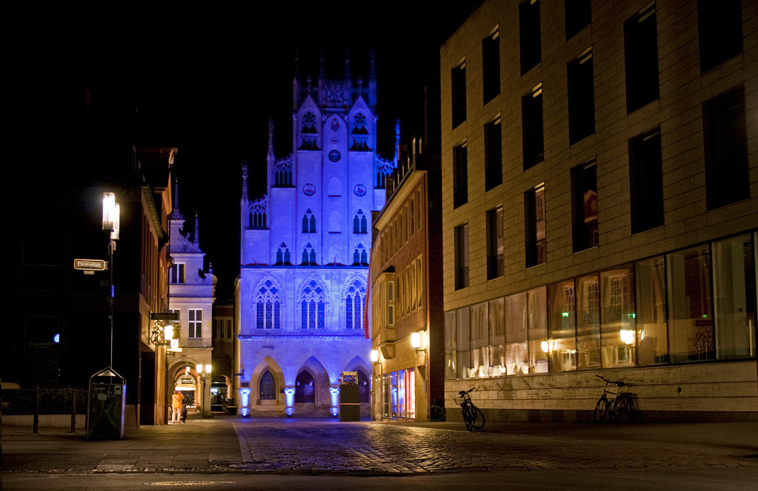 Historisches Rathaus Münster in Blau